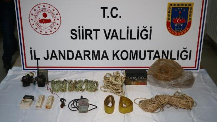 Siirt'te PKK'lı teröristlere ait patlayıcı düzenekleri ele geçirildi