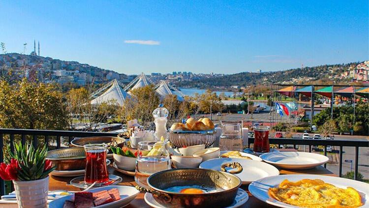 İstanbul'un dört bir yanı lezzetli kahvaltı sofraları