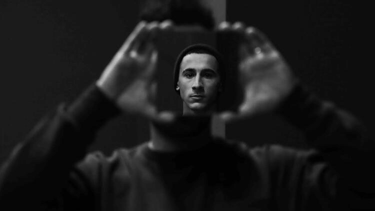 'Bişey Yap Met' DasDas'ta prömiyer yapıyor