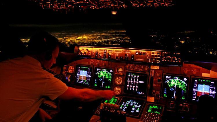 Boeing, 737 Max için simülatör eğitimi önerdi