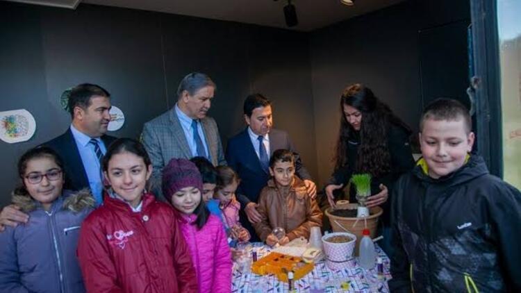 Bodrum'daki tır okulları gezerek minik öğrencilere bilim ve sanat öğretecek