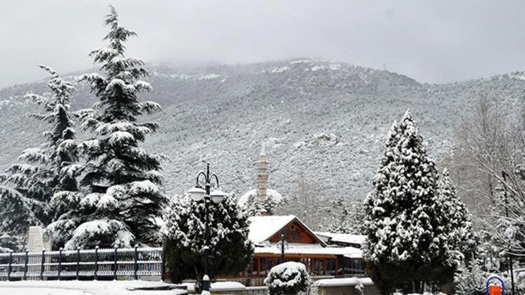 Konya Akşehir'de okullara 1 gün kar tatili