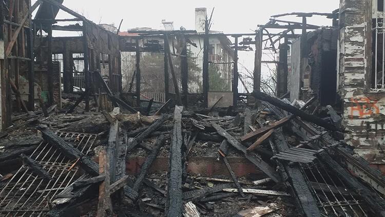 Tekirdağ'da yanan tarihi konak, yeniden inşa edilecek