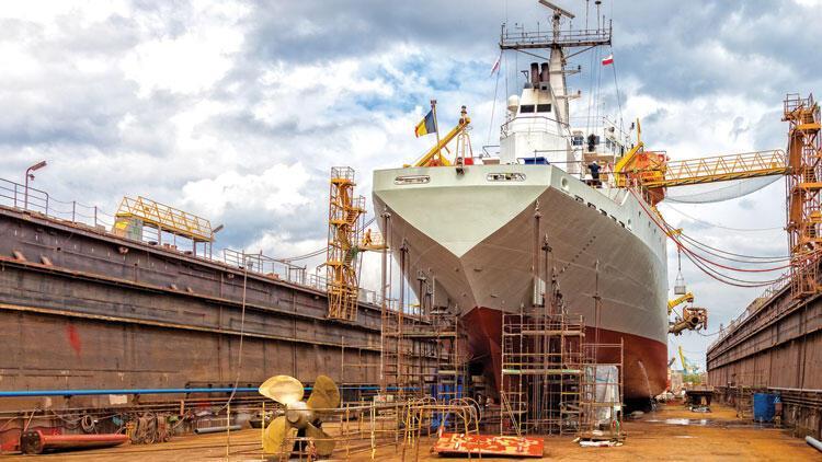 Dünya sularına 1 milyar dolarlık Türk gemisi