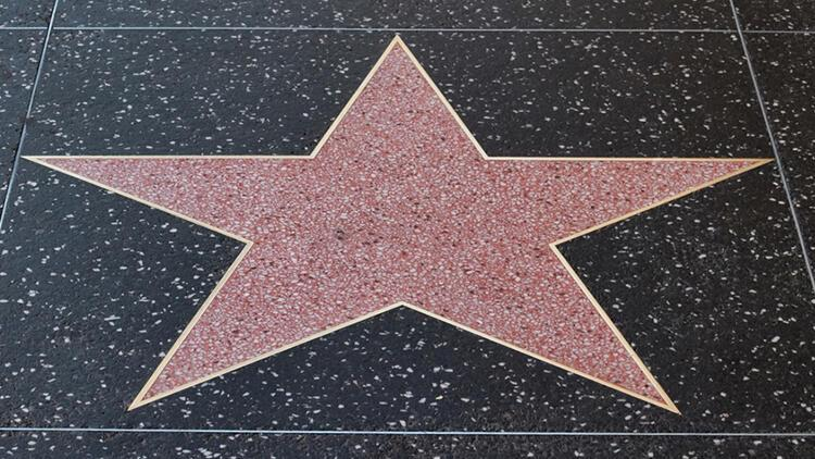 Rüyada ünlü görmek ne anlama gelir? Rüyada ünlü birini görmenin tabiri