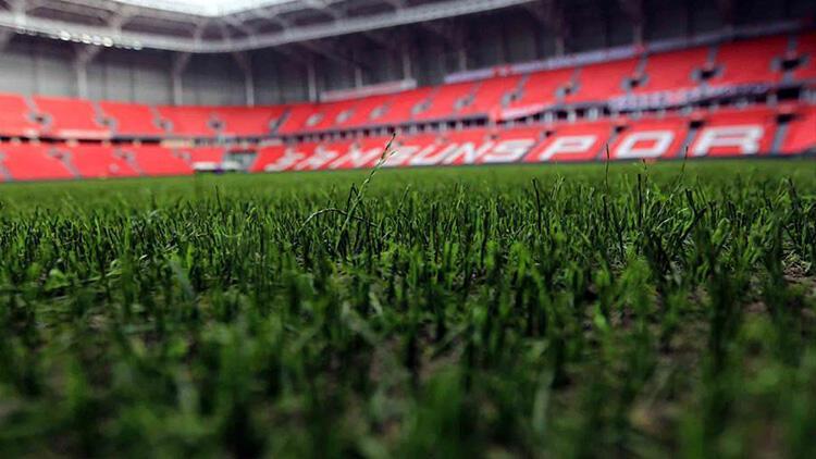 19 Mayıs Stadı'nın zemini hibrit çim oluyor!