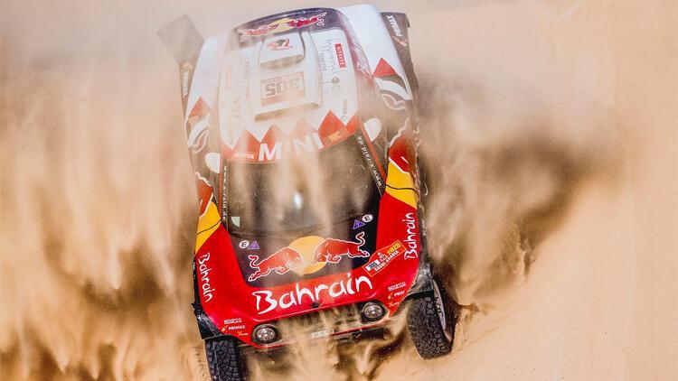Carlos Sainz 3. Dakar zaferini elde etti