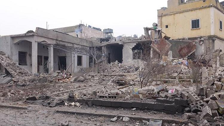 İdlib'de kanlı saldırı! 12 sivil öldü