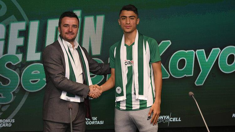 Konyaspor'da Şener Kaya imzayı attı!