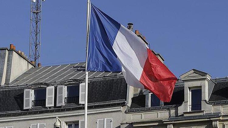 Fransa'da iki bakana ölüm tehdidi içeren mektup