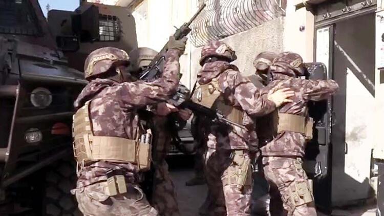 Gaziantep'te 710 polisle uyuşturucu operasyonu: 31 gözaltı