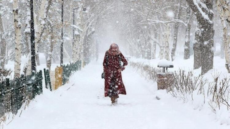 Kar esareti! Meteoroloji'den yeni uyarı: yağış, buzlanma, don...