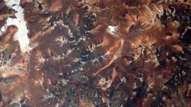 Avustralya'da 2.2 milyar yıllık krater keşfedildi