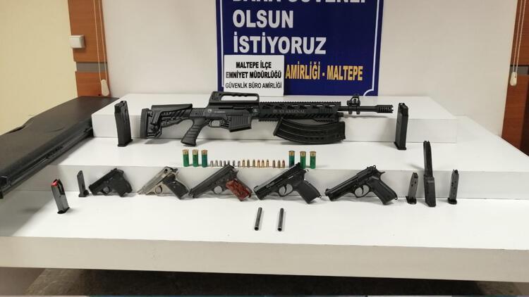 Maltepe'de ruhsatsız silahla yakalanan şüphelinin DHKP-C üyeliğinden kaydı çıktı