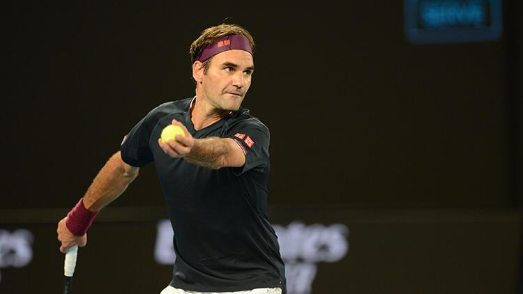 Avustralya Açık'ta Tsitsipas elendi, Roger Federer sürprize izin vermedi!
