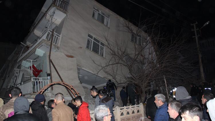Bakanlardan 'deprem' paylaşımı