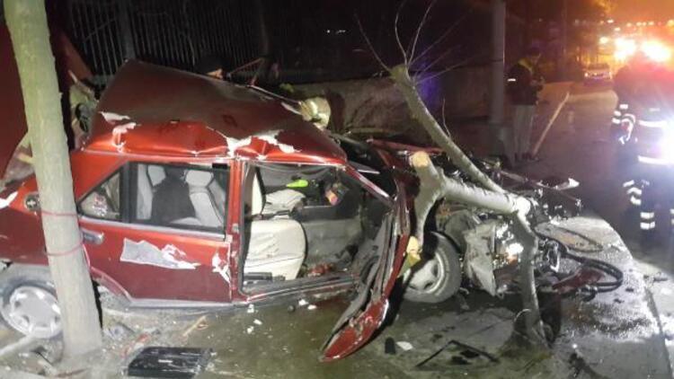 Maslak'ta takla atan otomobil hurdaya döndü: 1'i ağır 3 yaralı