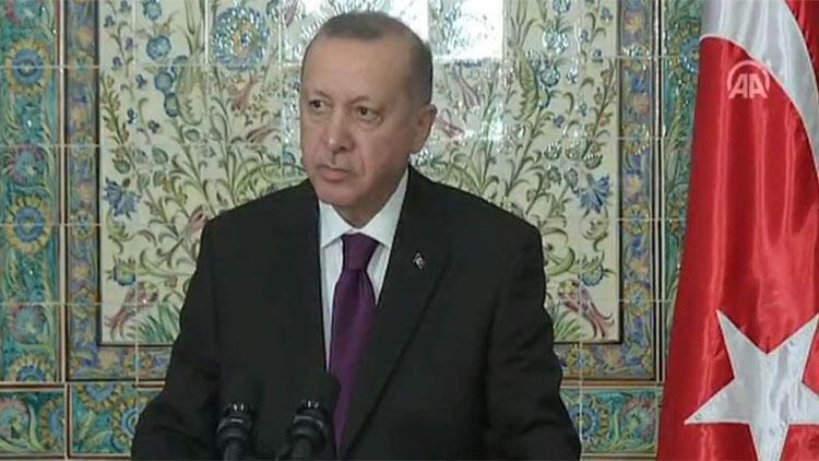 Son dakika... Cumhurbaşkanı Erdoğan'dan Cezayir'de vize açıklaması