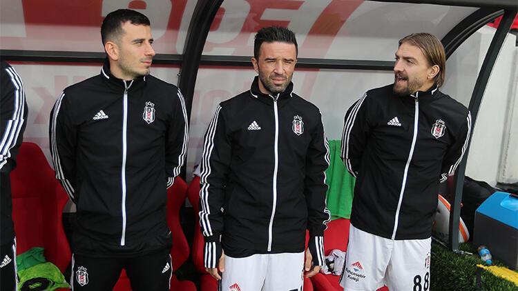 Göztepe - Beşiktaş maçında Caner Erkin'den şaşırtan görüntü