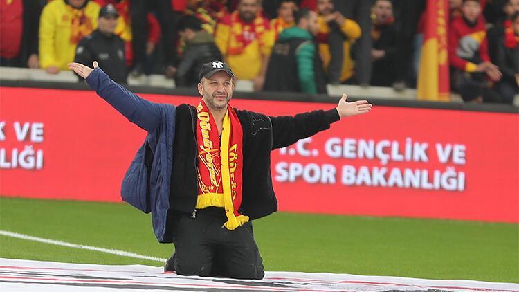 Göztepe stadının ilk üçlüsü Rıza Kocaoğlu'ndan geldi