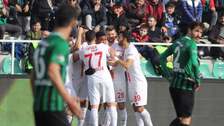 Denizlispor galibiyeti unuttu! Son 4 maçta 1 puan...
