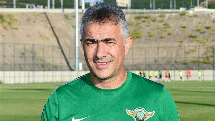 Son dakika | Akhisarspor'da Mehmet Altıparmak ile yollar ayrıldı!