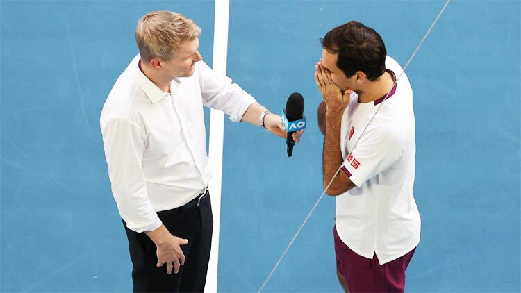 7 kez maç puanı çeviren Federer maçı kazandı, yarı finale yükseldi