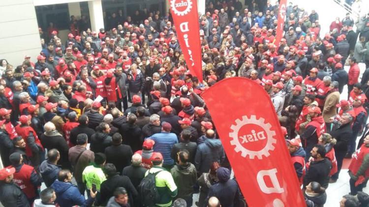 Çankaya Belediyesi'nde zam alamayan işçiler eylem yaptı