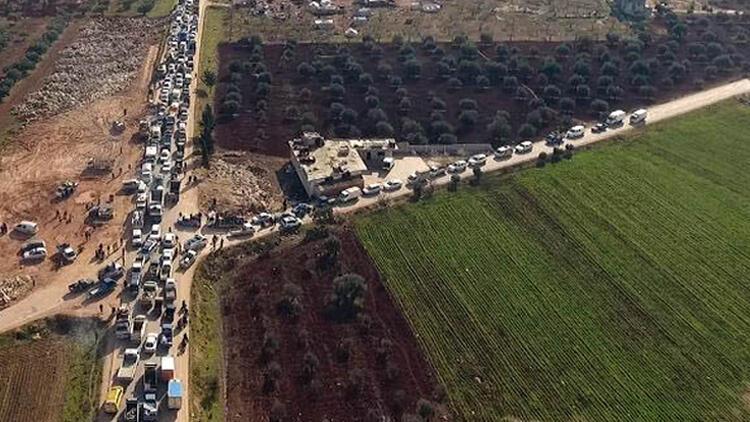 Son dakika haberi: Esed rejimi güçleri İdlib'in en büyük ilçesi Marat El-Numan'a girdi