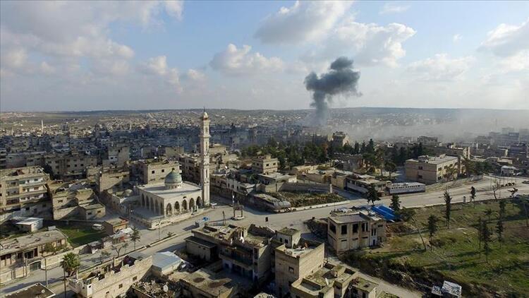 AA duyurdu: Rejim güçleri İdlib'in en büyük ilçesini ele geçirdi!