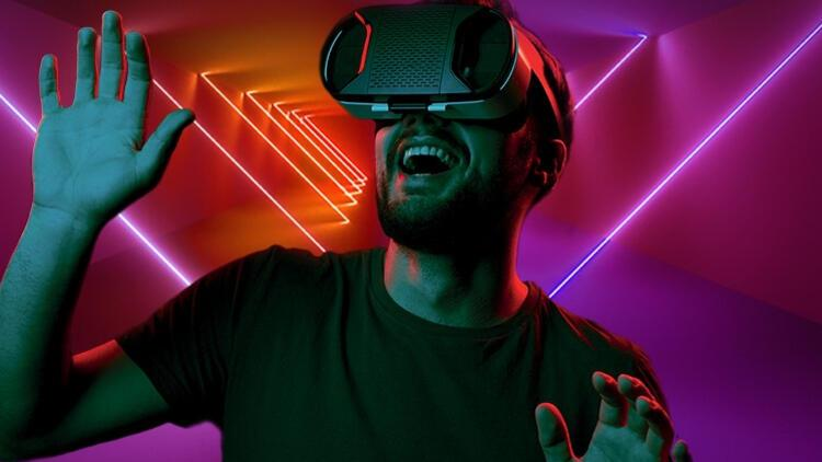 Sanal Gerçeklik VR Room İle Eğlence, Heyecan Dolu Saatler Emaar AVM'de!
