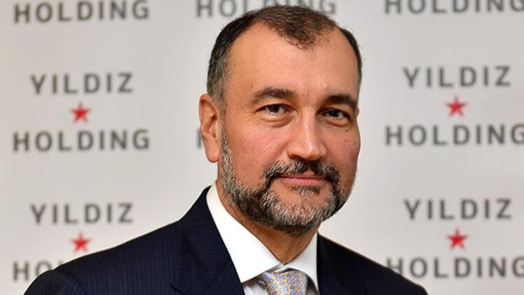 Yıldız Holding Yönetim Kurulu Başkanı Murat Ülker görevini Ali Ülker'e devretti.