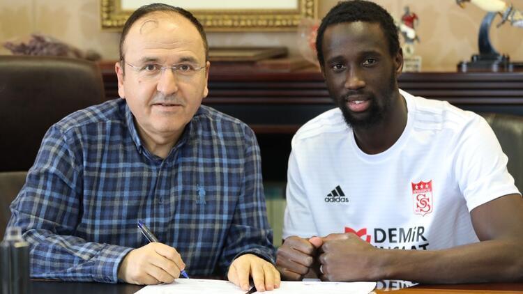 Son dakika transfer haberleri | Sivasspor, Samba Camara'yı transfer etti