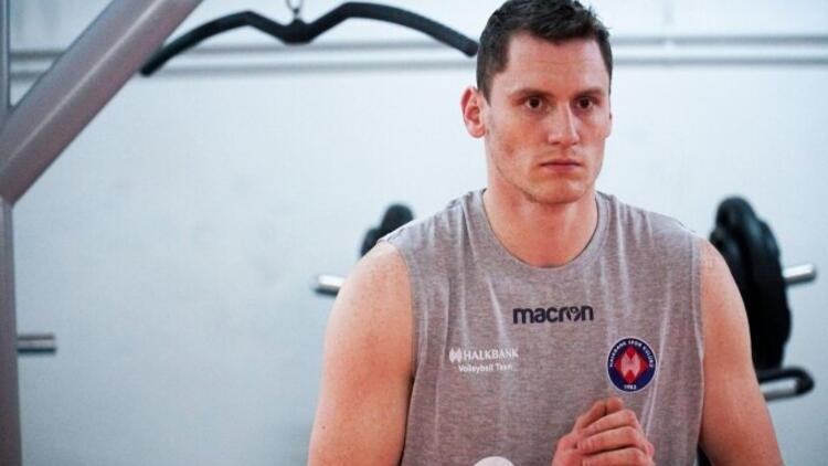Halkbank, Sloven voleybolcu Toncek Stern'i transfer etti