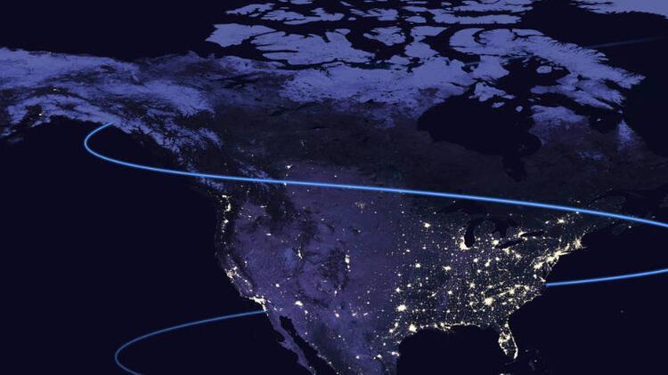 ABD'ye ait eski uydular yörüngede birbirine teğet geçti