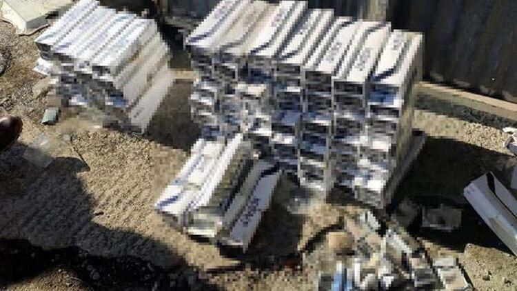Kamyon lastiklerine gizlenmiş 5 bin 10 paket kaçak sigara ele geçirildi