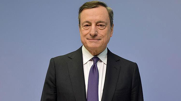 Almanya'dan ECB'nin eski başkanı Draghi'ye liyakat nişanı