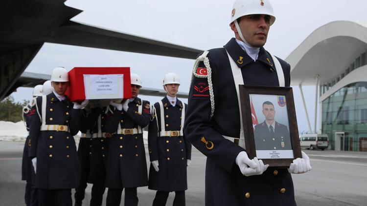 Tokatlı şehidin cenazesi, hava muhalefeti nedeniyle Sivas'a getirildi