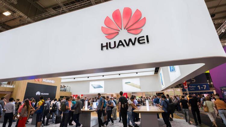 Huawei Topluluk kullanıcılara açıldı! Yorumları beğeni alana ödül verilecek