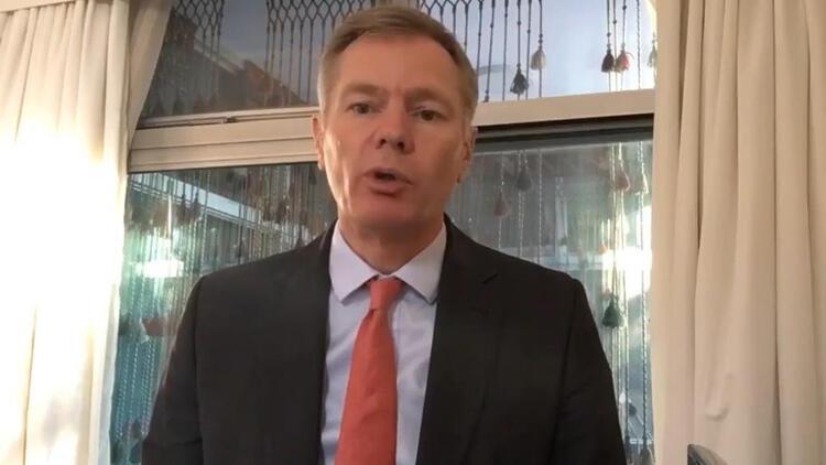 İngiltere'nin Tahran Büyükelçisi Rob Macaire İran'a döndü
