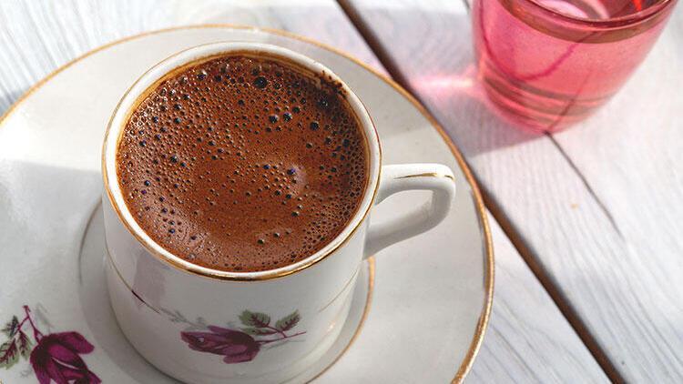 Gönül sohbet ister, kahve bahane