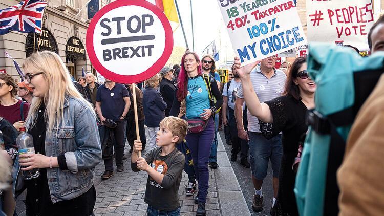 Brexit, Türkexit'e mi dönüşüyor? İngiltere'ye yerleşen 30 bin Türk endişeli