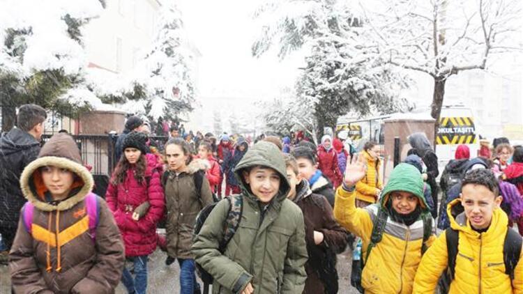 Konya'nın 8 ilçesinde eğitime kar engeli