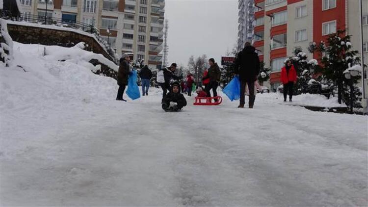 Trabzon'da okullar yarın da tatil