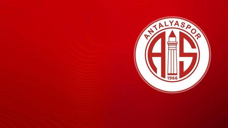 Son Dakika | Kupa maçı öncesi Antalyaspor'un uçağı Sivas'a inemedi!