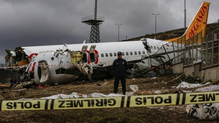 Uçak kazası soruşturmasında kabin memurlarının ifadesi alındı... Şikayetçi olmadılar