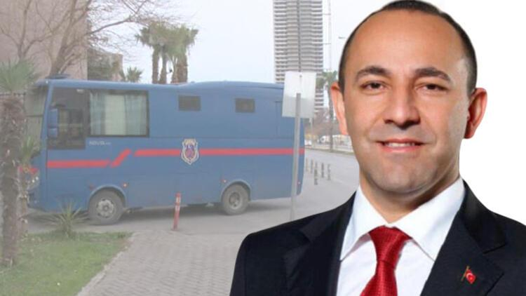 Urla Belediyesi eski Başkanı Oğuz, 'terör örgütü üyeliği'nden hakim karşısında