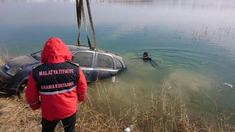 Otomobil baraj gölüne düştü: 2 yaralı