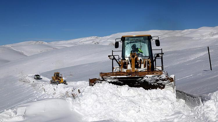 Van'da 146 yerleşim yeri yolu ulaşıma kapalı
