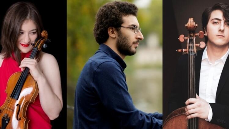 Dünya Sahnelerinde Genç Müzisyenler Üçlüsü, Arter'de